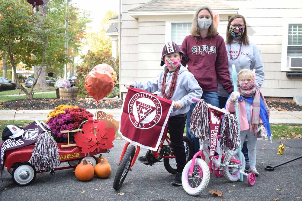 Michelle Moosbrugger '00, PhD '06, Kristin Puleo, G'05, and their children.