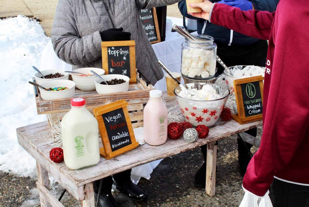 A Harvest Table pop up with hot chocolate and snacks