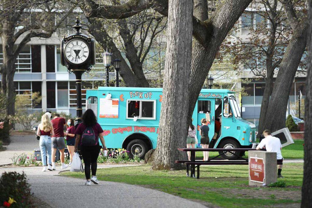 Saturday evening food trucks